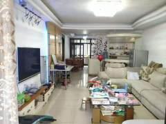 4室2厅2卫142m²